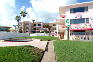 Rm 29 - Poolside OceanFRONT 1 Bedroom Suite. Just Steps to Pool and Ocean. Large, Private Oceanfront Patio. Picture 2