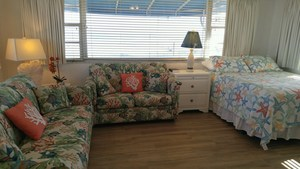 Rm 29 - Poolside OceanFRONT 1 Bedroom Suite. Just Steps to Pool and Ocean. Large, Private Oceanfront Patio. Picture 3