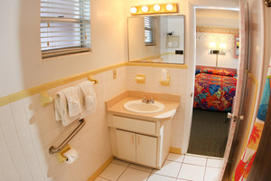 Rm 29 - Poolside OceanFRONT 1 Bedroom Suite. Just Steps to Pool and Ocean. Large, Private Oceanfront Patio. Picture 6