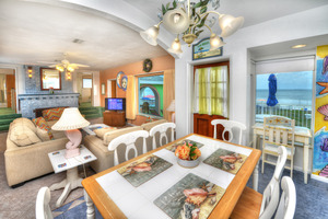 BEACH HOUSE - 2 Bdrm / 2 Bath OceanFRONT - Gloriously Colorful and Fun Picture 3