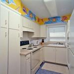 Colorful and Fun 2 Bedroom / 2 Bath OCEANFRONT Beach HOUSE Picture 8